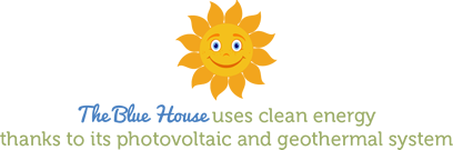 The Blue House uses clean energy thanks to its photovoltaic and geothermal system.